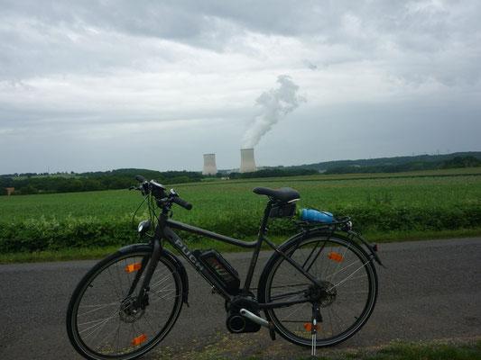 A la centrale de Civaux EDF produit de quoi alimenter la batterie de Jeannot ;-)