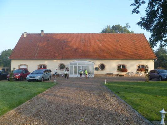 Notre hébergement: un ancien blockhaus aménagé en chambres et table d'hôtes à Domléger