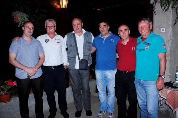 Gruppenfoto mit Orpington   freunden aus Serbien