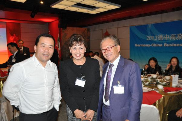 Dr. Georg Zanger, Richard Shen (Generalsekretär GASME Deutschland), Petra Wassner (CEO NRW.Invest)