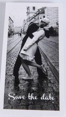 Hier wurde der berühmte Kuss nach Ende des zweiten Weltkrieges dargestellt. Sehr gelungen!