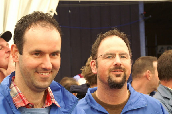 Marc und Erhard sind sichtlich zufrieden mit der Misswahl
