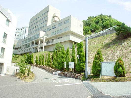 大学入口の現況写真