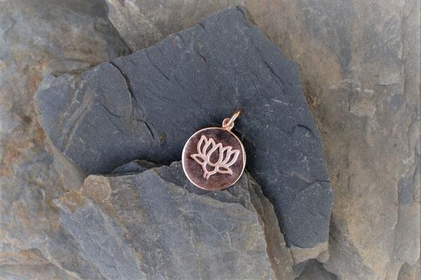 Kettenanhänger Lotus in Silber-Rose