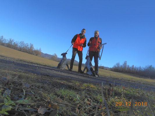 mattina nei boschi con Lorenzo ed i suoi setter giovani (che pero' si vergognano di essere fotografati )