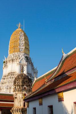 2019  02 - Phitsanulok , Wat Phra Si Ratana Mahathat  -L10A5896