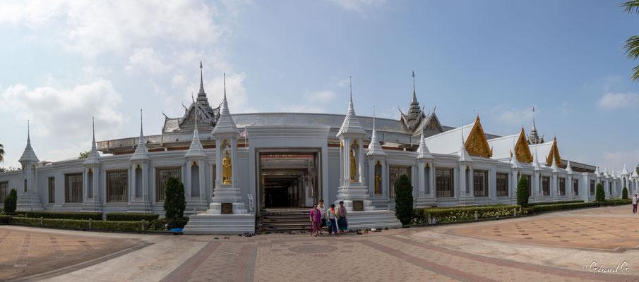 2019  02 -  Uthai Thani, Wat Tha Sung (le Palais des Glaces)  -L10A5786-Panorama