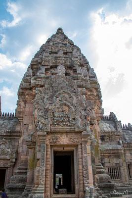 2019  02 - Prakhon Chai, Prasat Phnom Rung   -L10A7551