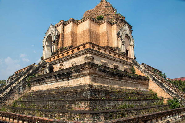 2019  02 - Chiang Mai , Wat Chadi Luang  -L10A7023