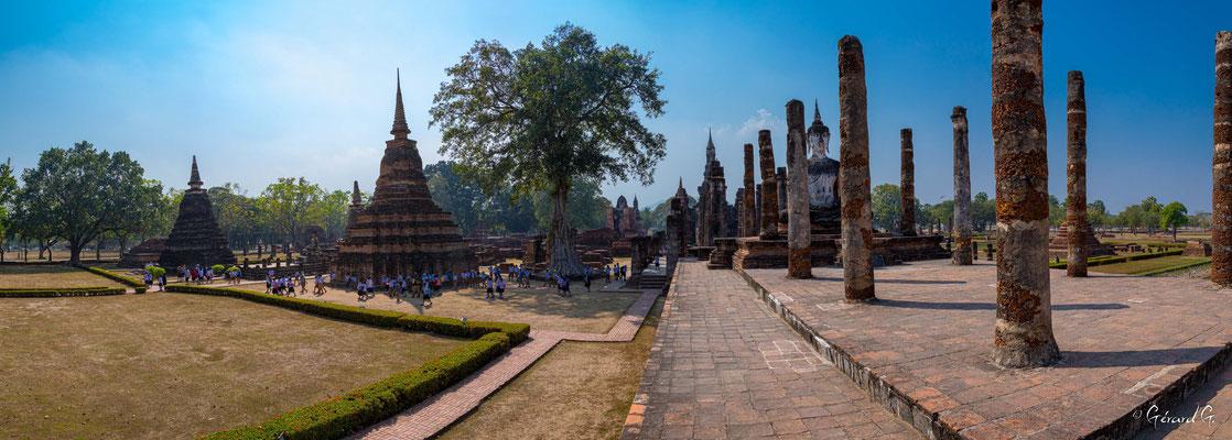 2019  02 - Sukhotai , Wat Mahathat  -L10A6008-Panorama