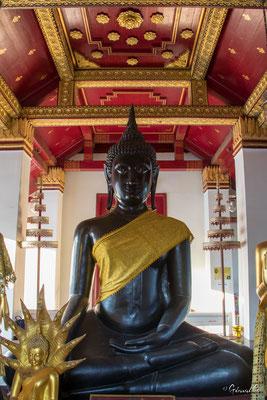 2019  02 - Phitsanulok , Wat Phra Si Ratana Mahathat  -L10A5904