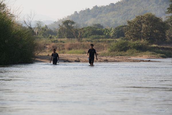2019  02 - Chiang Rai, Sur la riviere Mae Kok   -L10A6505