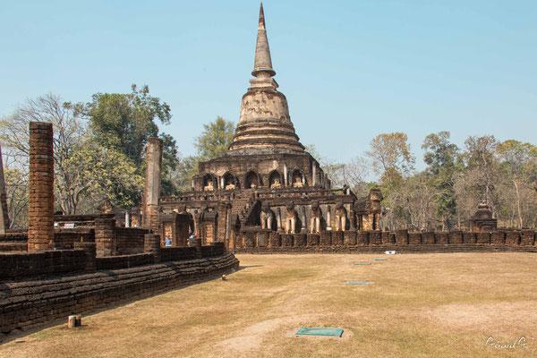 2019  02 - Si Satchanalai , Wat Chang Lom  -L10A6244