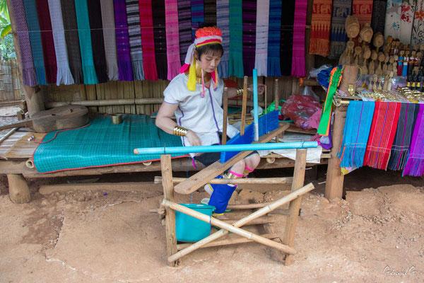 2019  02 - Chiang Rai , village Karen Padaung (femmes girafes)  -L10A6759