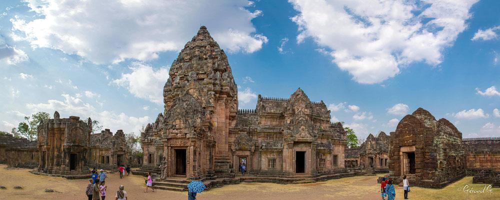 2019  02 - Prakhon Chai, Prasat Phnom Rung   -L10A7578_stitch2