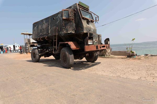 Nainativu, camion militaire