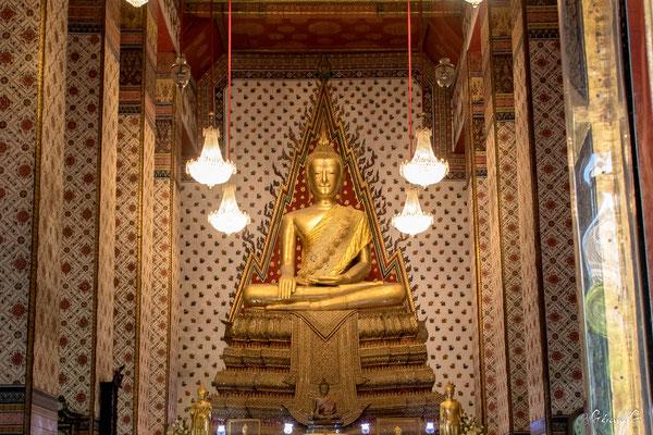 2019  02 - Bangkok , Wat Arun (Temple de l'Aube)  -L10A5275