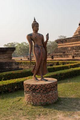 2019  02 - Sukhotai , Wat Sa Si  -L10A6082