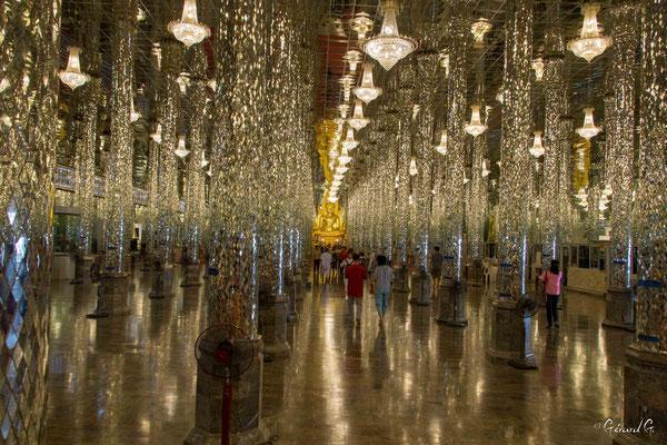 2019  02 -  Uthai Thani, Wat Tha Sung (le Palais des Glaces)  -L10A5768