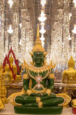 2019  02 -  Uthai Thani, Wat Tha Sung (le Palais des Glaces)  -L10A5771