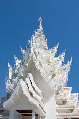 2019  02 - Chiang Rai , Wat Ronglhun (le temple blanc)  -L10A6458