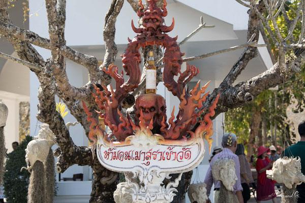 2019  02 - Chiang Rai , Wat Ronglhun (le temple blanc)  -L10A6410