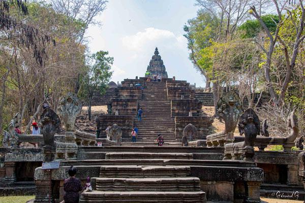 2019  02 - Prakhon Chai, Prasat Phnom Rung   -L10A7520