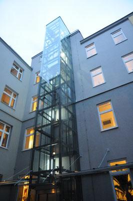 Aufzugszubau Architektin Lehner