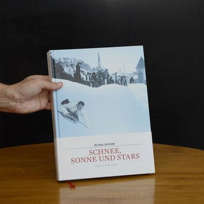 diebuechermacher.ch_NZZ Libro_Michael Luetscher_Schnne, Sonne und Stars