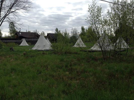 Alternativ kann man auch Zelte mieten