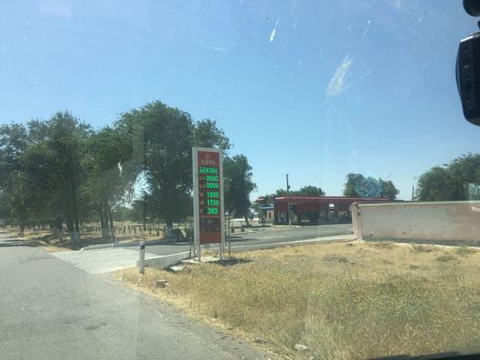 Tankstelle mit Diesel