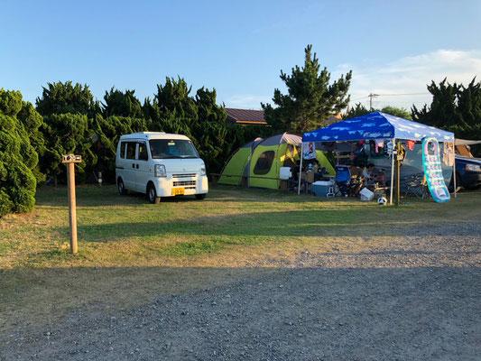 Kujukuri Auto Camping - Unsere Every auf ihrem Stellplatz