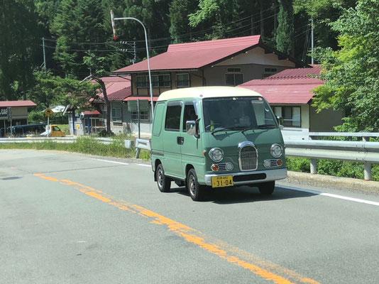 Ein Subaru Classic - gibt's bei japancampers.com auch mit Camperausbau