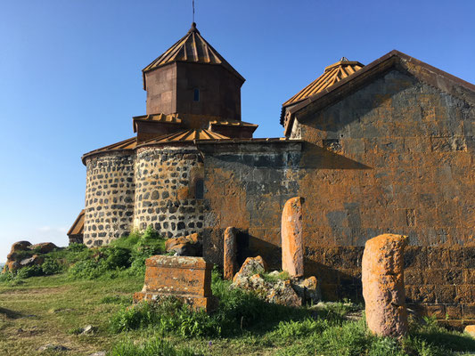 Kirche Hairavank am Westufer des Sewan Sees