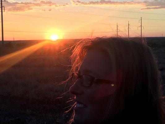 Abendspaziergang zum Sonnenuntergang in Balkasch