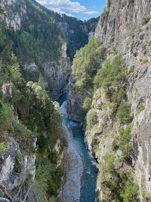 Blick von der Pont du Diable in die Schlucht