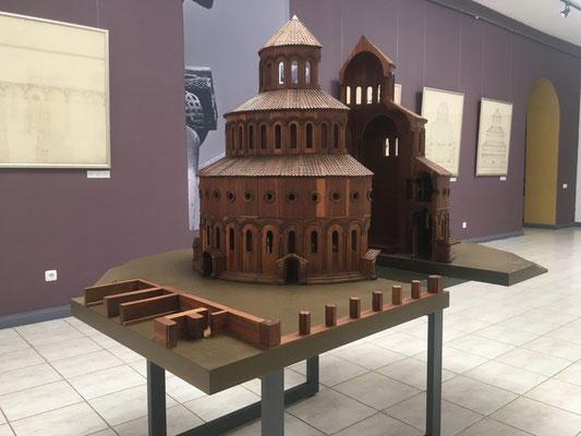 Modell der Kathedrale von Swartnoz