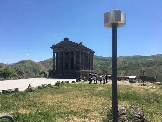 Tempel von Garni mit Lautsprecher