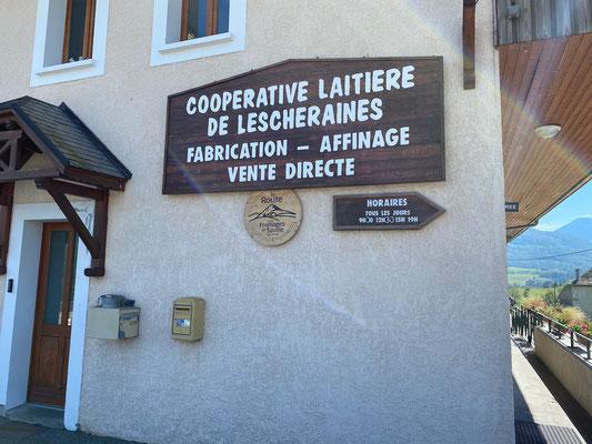 Einkauf in der Fromagerie Lescheraines