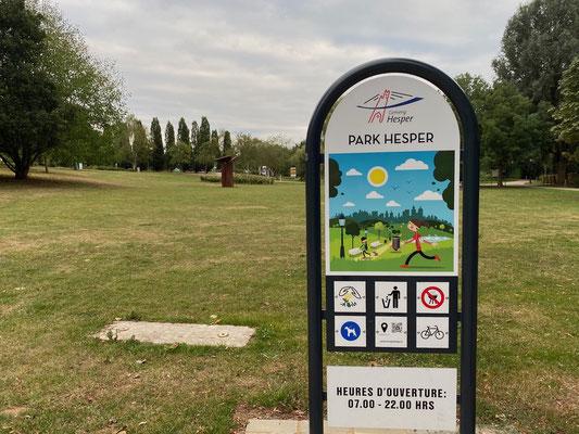 Benachbarter Park
