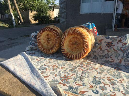 Lecker Brot am Straßenrand