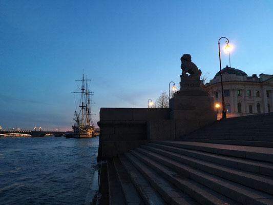 Brückenöffnung in Sankt Petersburg (2016)