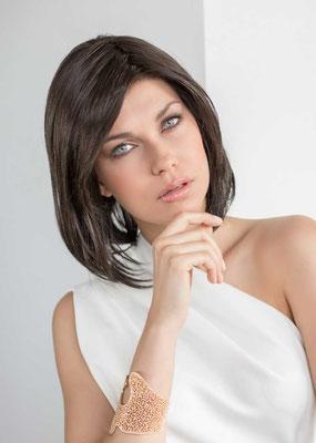 prothese-capillaire-femme-cheveux-mi-long-haut-de-gamme-icone