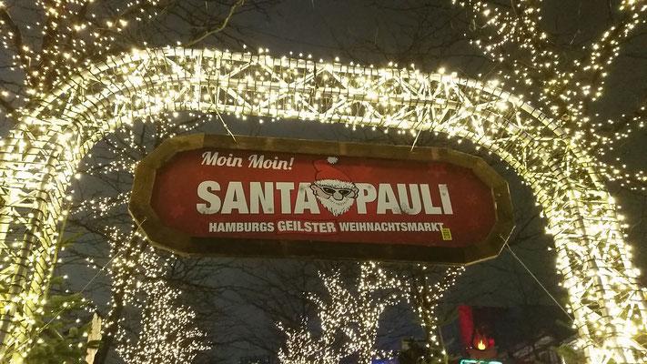 ein Muss für jeden Weihnachtsmarkt-Fan...der Santa Pauli Weihnachtsmarkt