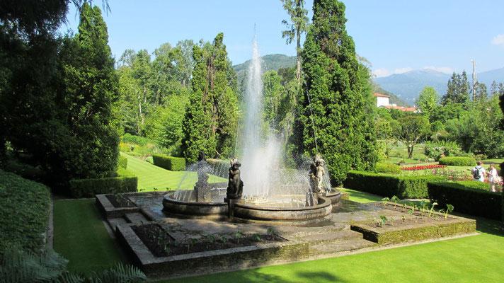 Donnerstag: Botanischer Garten der Villa Taranto