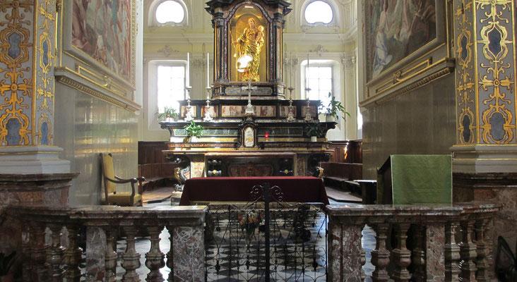 Mittwoch: Altar in der Kirche Sta.Maria in Lugano am Lugano See