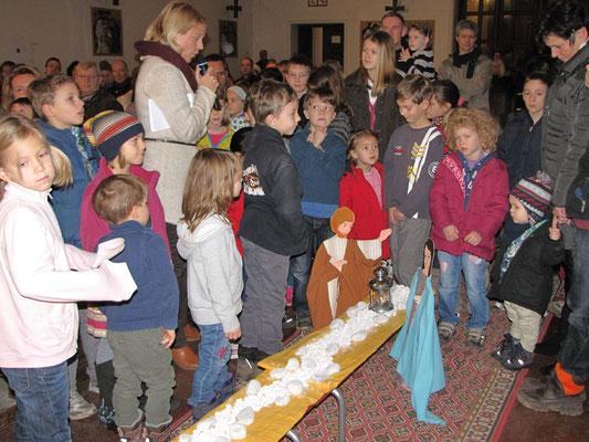 """Erster Adventsonntag mit den Kindern: Motto """"Acht geben"""""""
