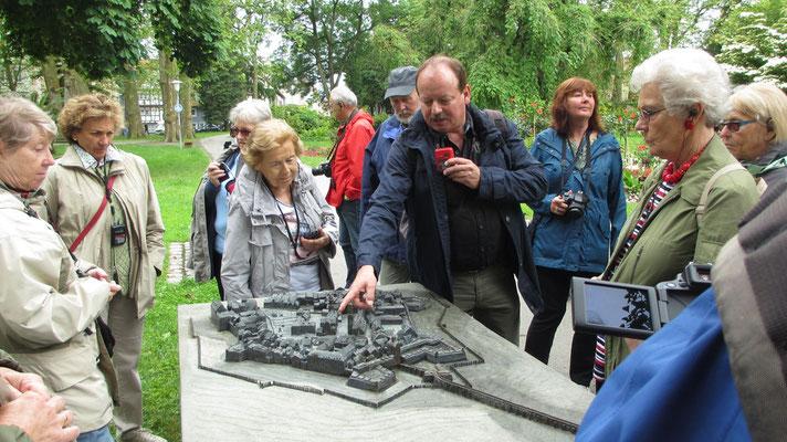 Donnerstag: Führung durch die Altstadt von Lindau (1 von 2).