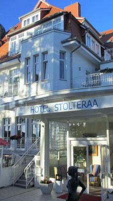 Donnerstag: Bezug des Hotels Stolteraa in Warnemünde, wo wir die nächsten 5 Nächte verbringen.