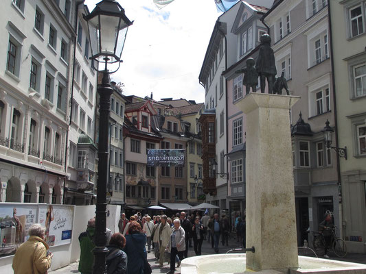 Mittwoch: Rundgang durch die Altstadt von St.Gallen (2 von 2).